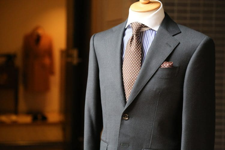 de-wrinkle your suit by steaming