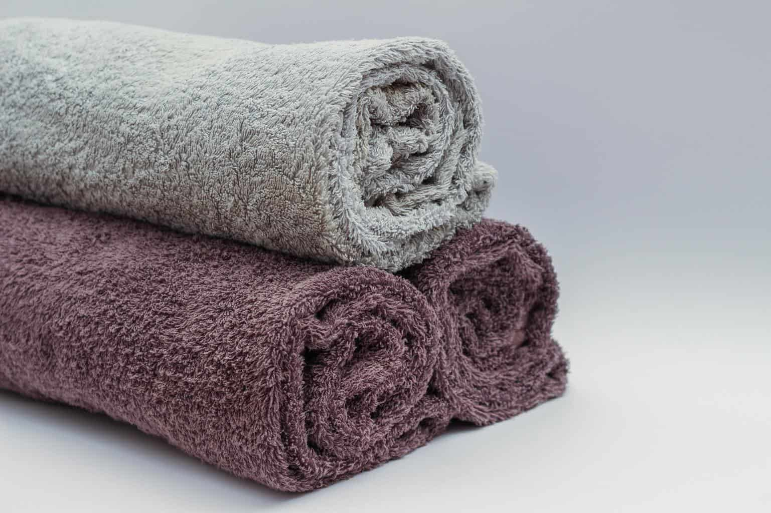 stacked and rolled towels how to fold
