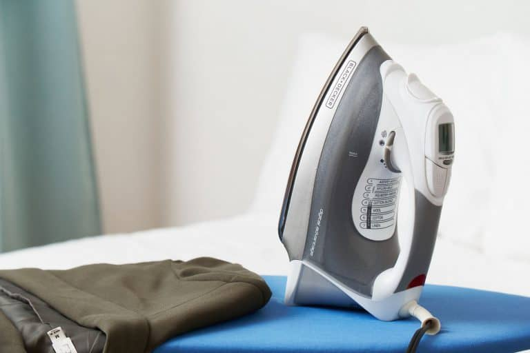 Best Rowenta Iron for Ironing [2020 Review]